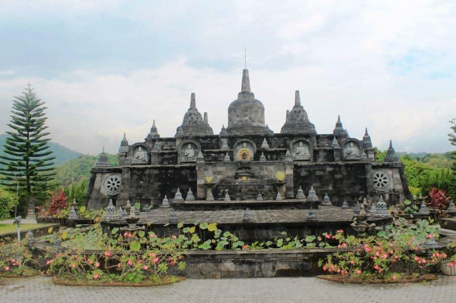 bali tour package - Brahma Budha Vihara Banjar